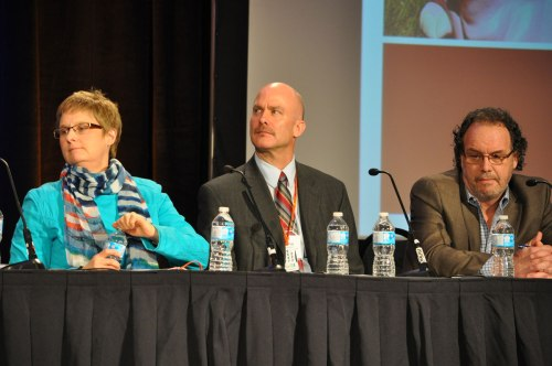 L to R: Anna Reid, President of the Canadian Medical Association, Mark Collison, Director of Advocacy for the BC and Yukon Heart and Stroke Foundation, and Dan Clow of GSK.